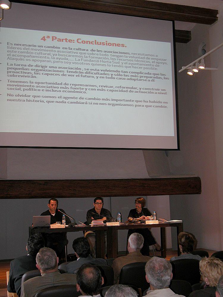 Ajuntament d 39 alaqu s prensa el ayuntamiento de alaqu s presenta la primera gu a pr ctica para - Trabajo en alaquas ...