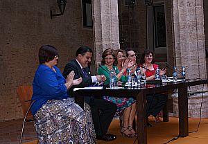 Ajuntament Alaquàs. Prensa. Alaquàs presenta el monográfico 'Barrio del Carmen, medio siglo de historia'