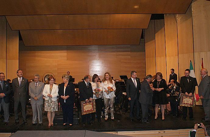 Ajuntament d 39 alaqu s prensa alaqu s acoge el d a de extremadura en la comunidad valenciana - Trabajo en alaquas ...