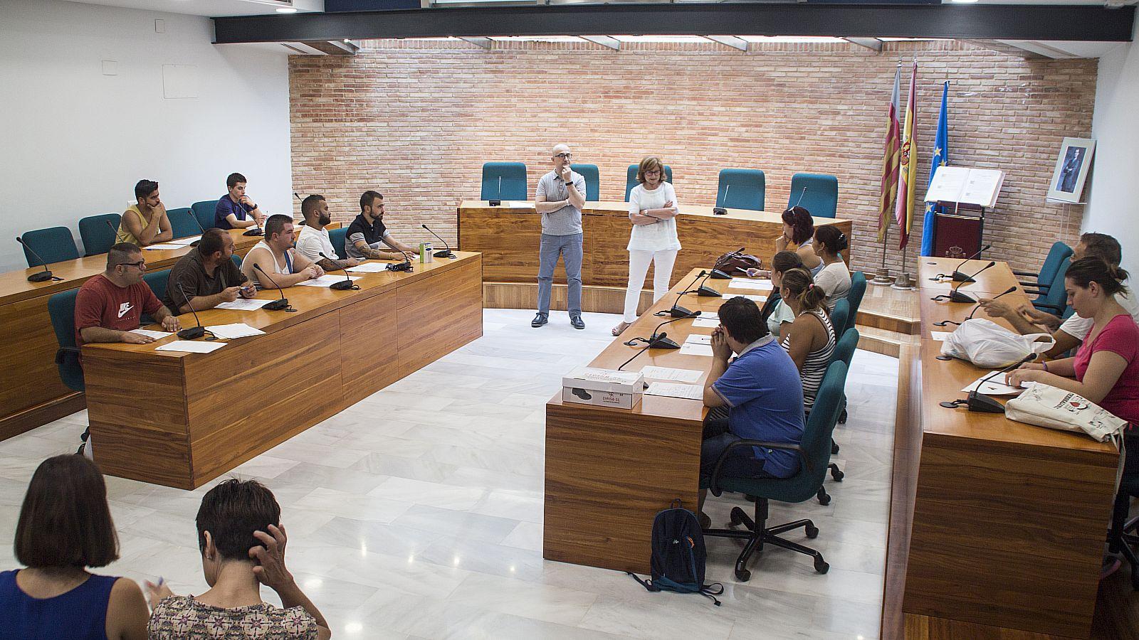 Ajuntament d 39 alaqu s prensa alaqu s promueve el empleo con la contrataci n de 21 j venes en - Trabajo en alaquas ...